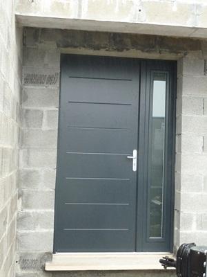 19 janvier la porte d 39 entr e la porte de garage sont. Black Bedroom Furniture Sets. Home Design Ideas