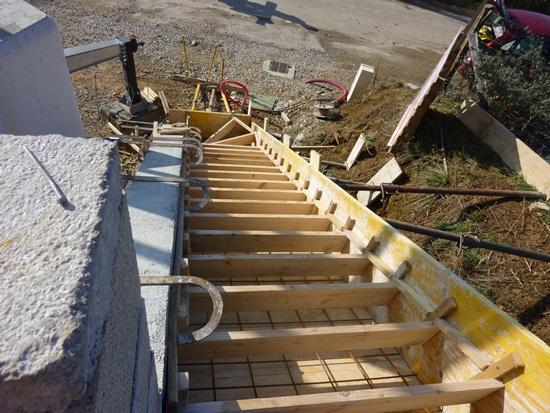 Extrem 2 fevrier: amenagement de l'escalier exterieur - notre maison à  YT37